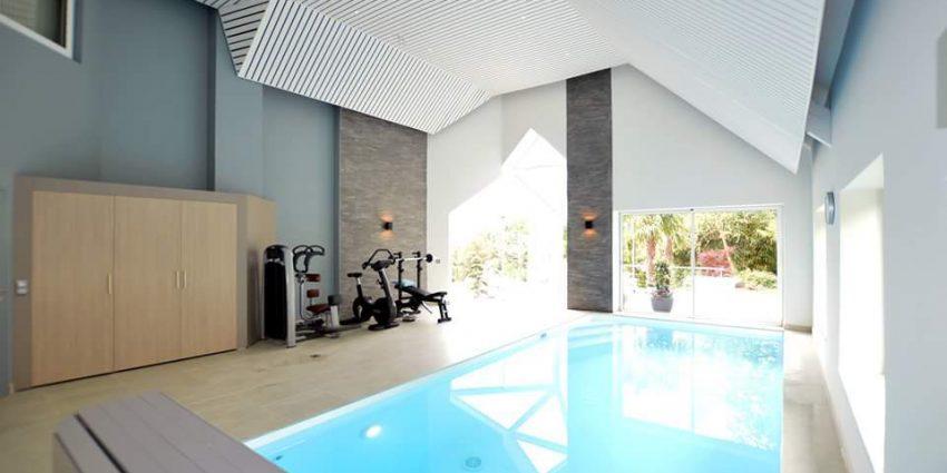 Rénovation d'une piscine intérieure