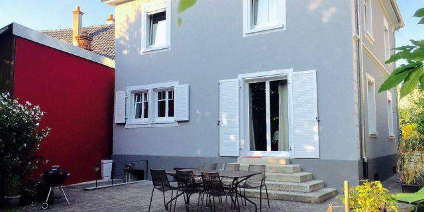 Réalisation d'un ravalement de façade d'une maison individuelle