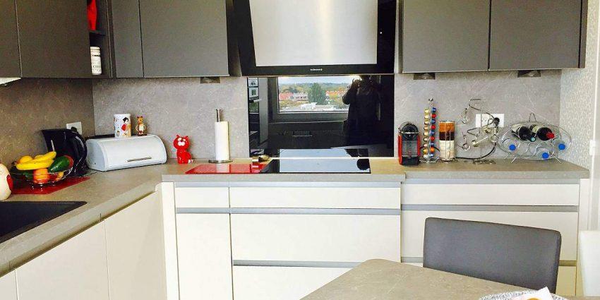 Rénovation complète d'une cuisine et changement d'une fenêtre