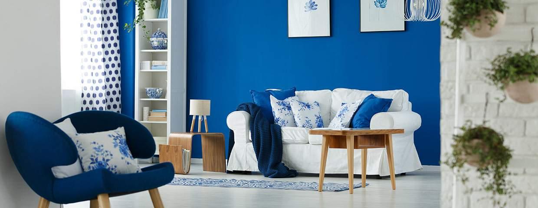 Transformation d'intérieur salon bleu